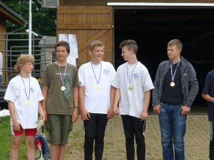 Der erfolgreiche Jungenvierer bei der Siegerehrung (Foto: RRC)