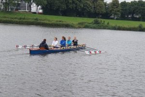 Der erfolgreiche Frauenvierer mit Anni Scheiber, Wiebke Hahne, Gina Neureither, Telse Strahl und Johanna Zech (Foto: H. Viemann)